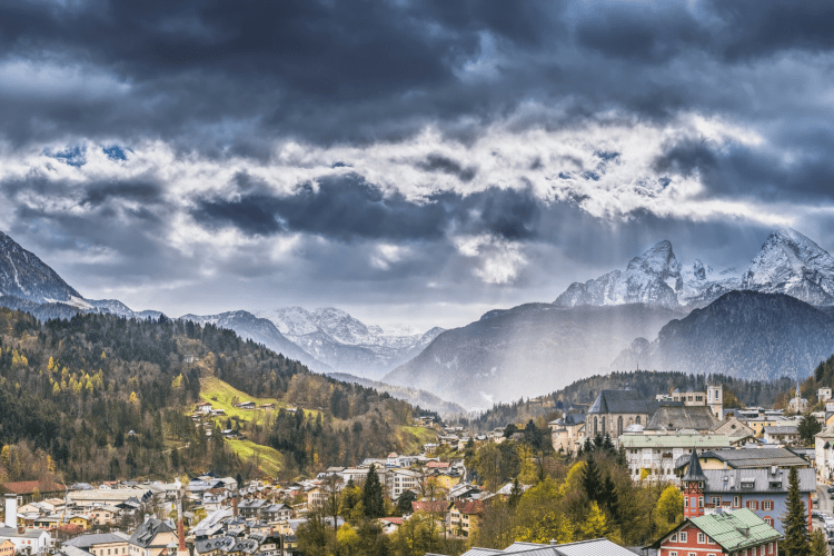 Beautiful Berchtesgaden | Photo by O12 on Unsplash