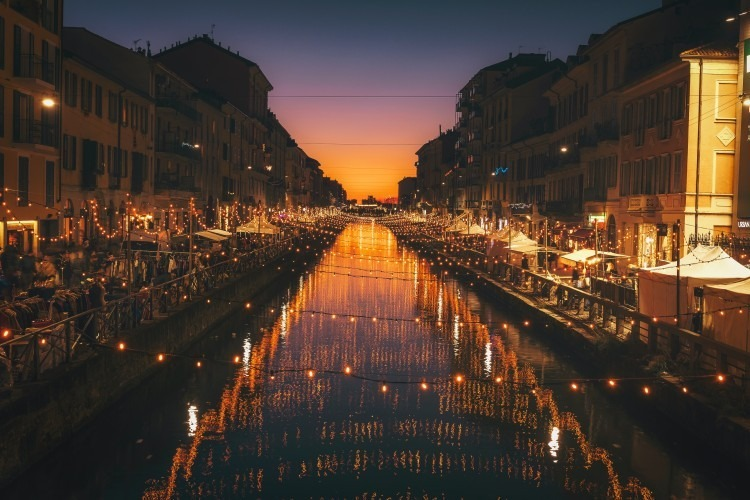 Alzaia Naviglio Grande in Milan | Photo by Cristina Gottardi
